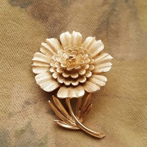 Trifari Gold Flower Pin